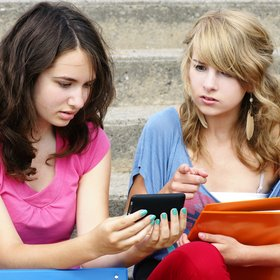Does the media affect how teenagers feel about themselves?